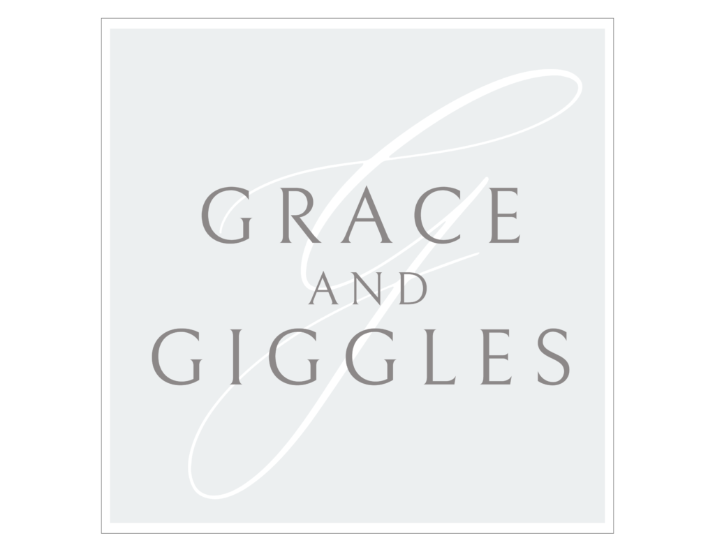 square logo for grace and giggles photography in Houston